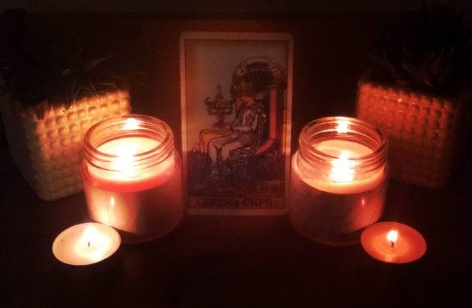 Queen of cups candles